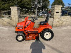 KUBOTA G1900 HST RIDE ON MOWER, RUNS, DRIVES AND CUTS *PLUS VAT*