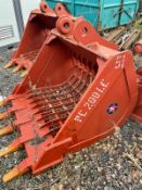 BRAND NEW AND UNUSED RIDDLE BUCKET FOR EXCAVATOR, 80MM PINS, CHOICE OF 3 *PLUS VAT*
