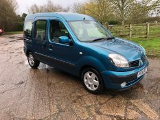 2006/06 REG RENAULT KANGOO EXPRESSION 1.6 PETROL AUTOMATIC BLUE, SHOWING 3 FORMER KEEPERS *no VAT*