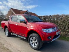 2010/10 REG MITSUBISHI L200 WARRIOR DCB DI-D 4X4 2.5 DIESEL AUTO, SHOWING 4 FORMER KEEPERS *NO VAT*