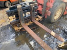 CLASS 3 3-4 5 TON FORKLIFT FORK POSITIONER, HYDRAULICLY OPERATED ADJUSTABLE FORKS *PLUS VAT*