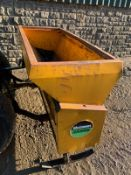 MCCONNELL DABRO SPREADER, SUITABLE FOR 3 POINT LINKAGE, IN USED BUT GOOD CONDITION *PLUS VAT*