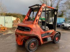 1998 Linde H60D forklift, 8200 hours, Deutz 6 cylinder engine Forks will be included with the truck