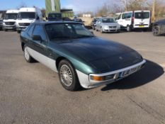 1983 PORSCHE 924 2.0 PETROL GREEN COUPE, SHOWING 8 FORMER KEEPERS *NO VAT*