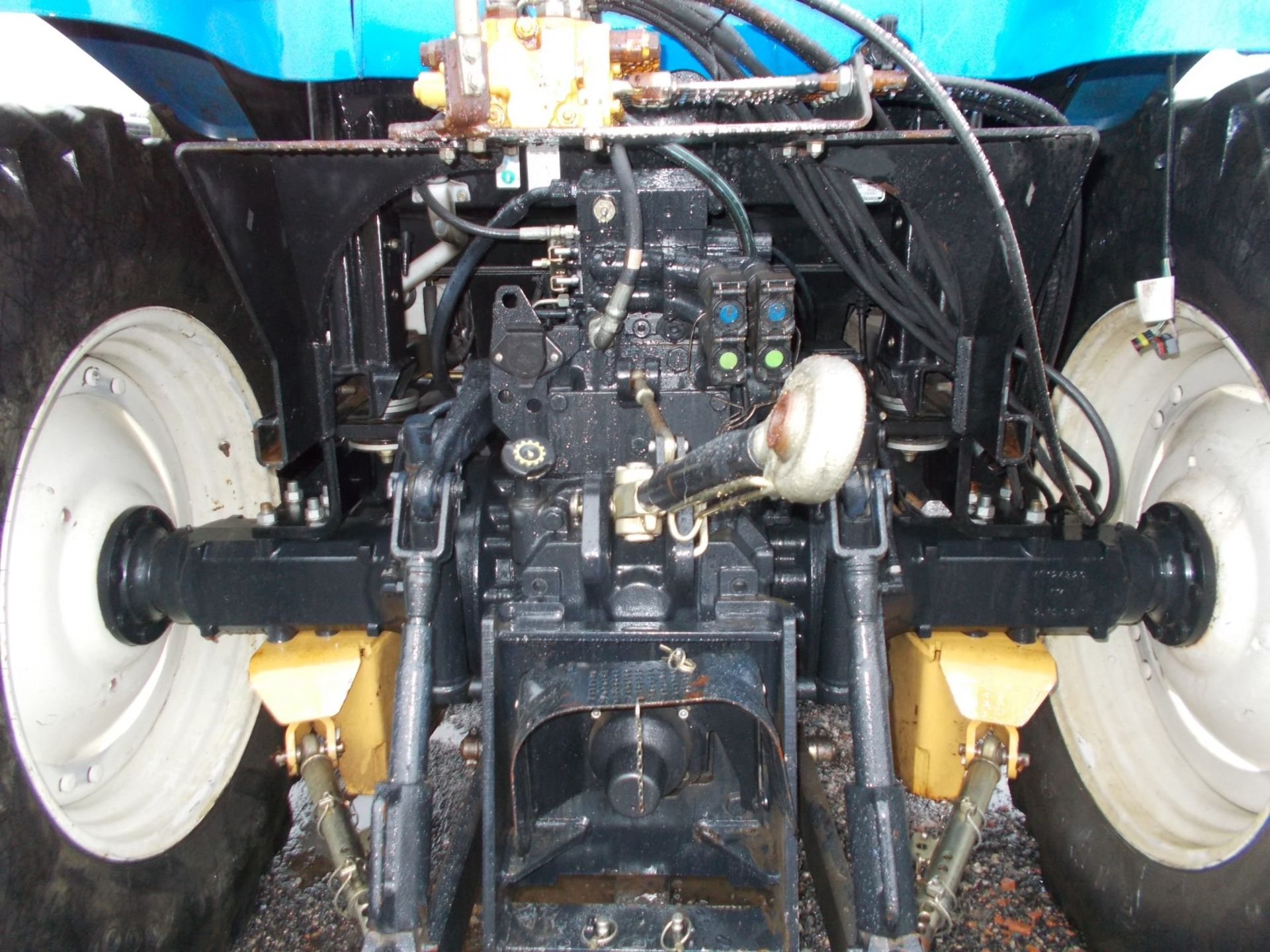 2003 NEW HOLLAND TS100A TRACTOR WITH MOWER ATTACHMENT, 4.5 LITRE 100HP TURBO DIESEL *PLUS VAT* - Image 23 of 24