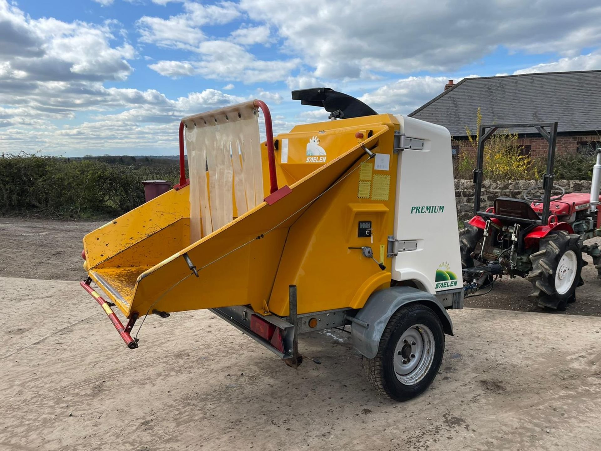 2007 SAELEN PREMIUM WOOD CHIPPER, RUNS AND CHIPS, IN GOOD CONDITION, LOW 160 HOURS *PLUS VAT* - Image 3 of 7