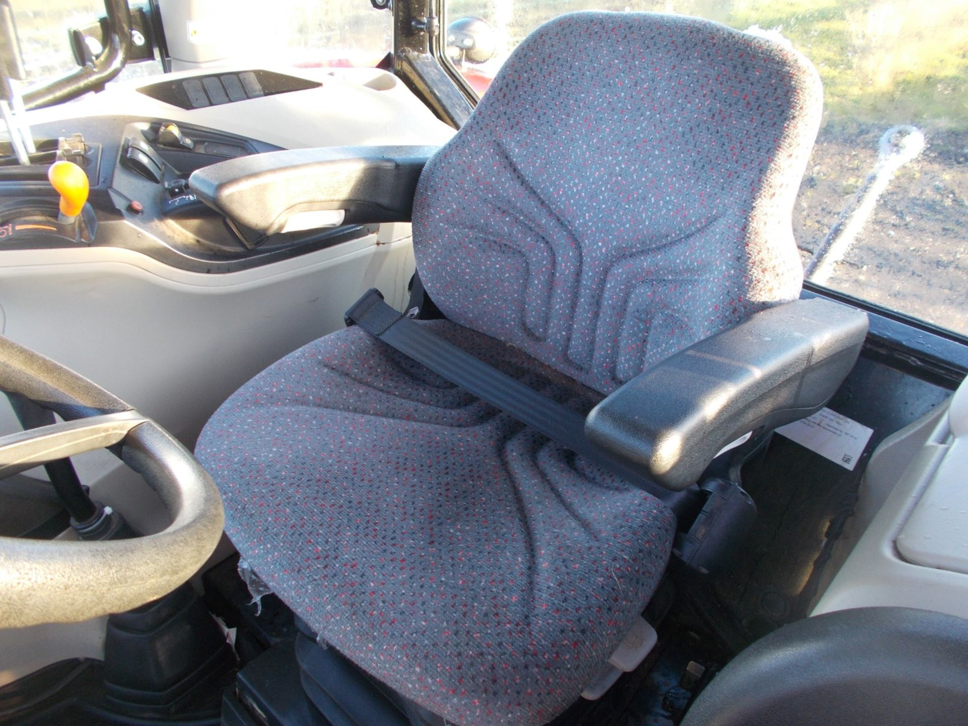 2018 MASSEY FERGUSON 4710 4WD TRACTOR WITH LOADER, AGCO 3.3 LITRE 3CYL TURBO DIESEL *PLUS VAT* - Image 10 of 21