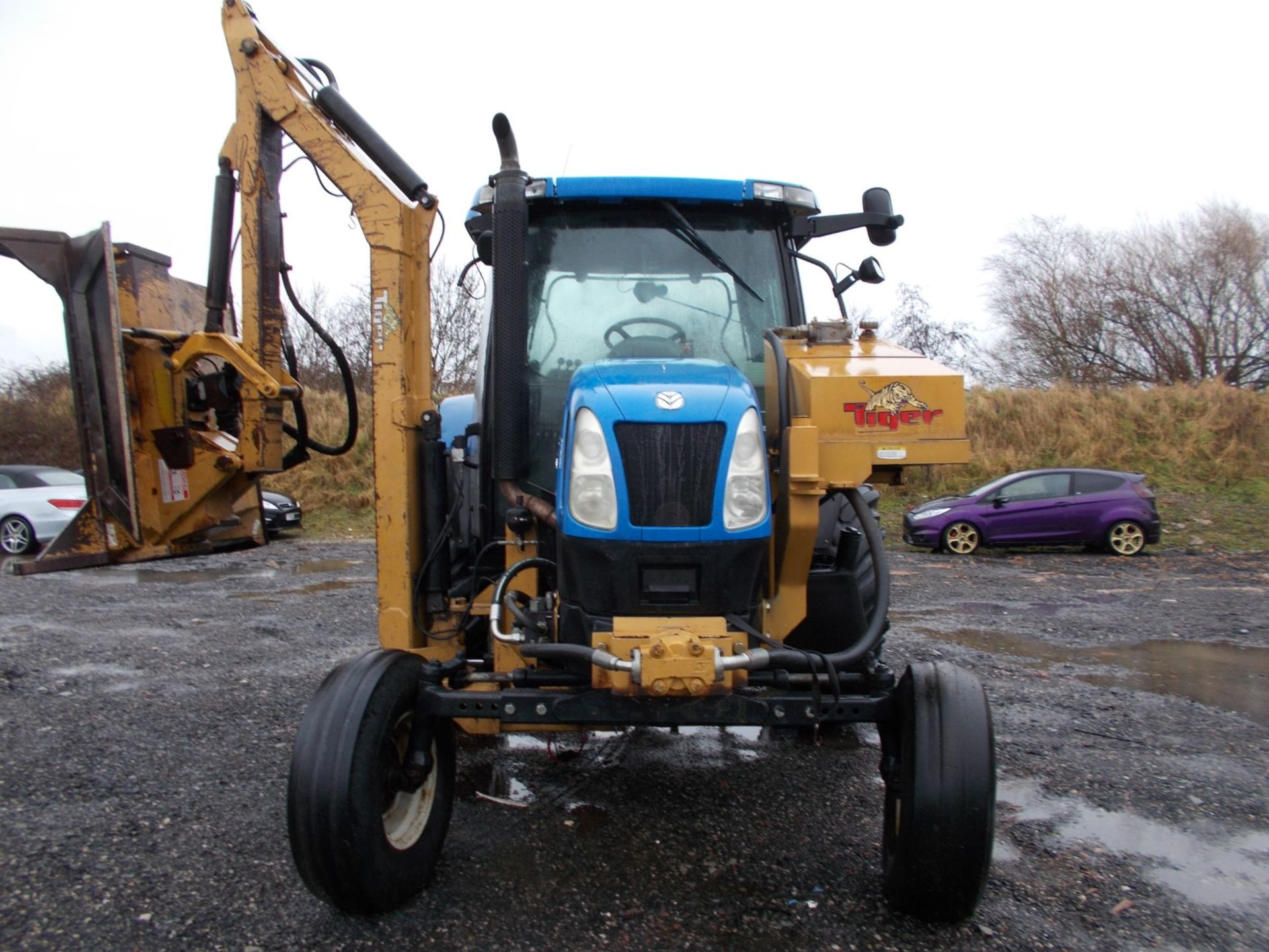 2003 NEW HOLLAND TS100A TRACTOR WITH MOWER ATTACHMENT, 4.5 LITRE 100HP TURBO DIESEL *PLUS VAT* - Image 3 of 24