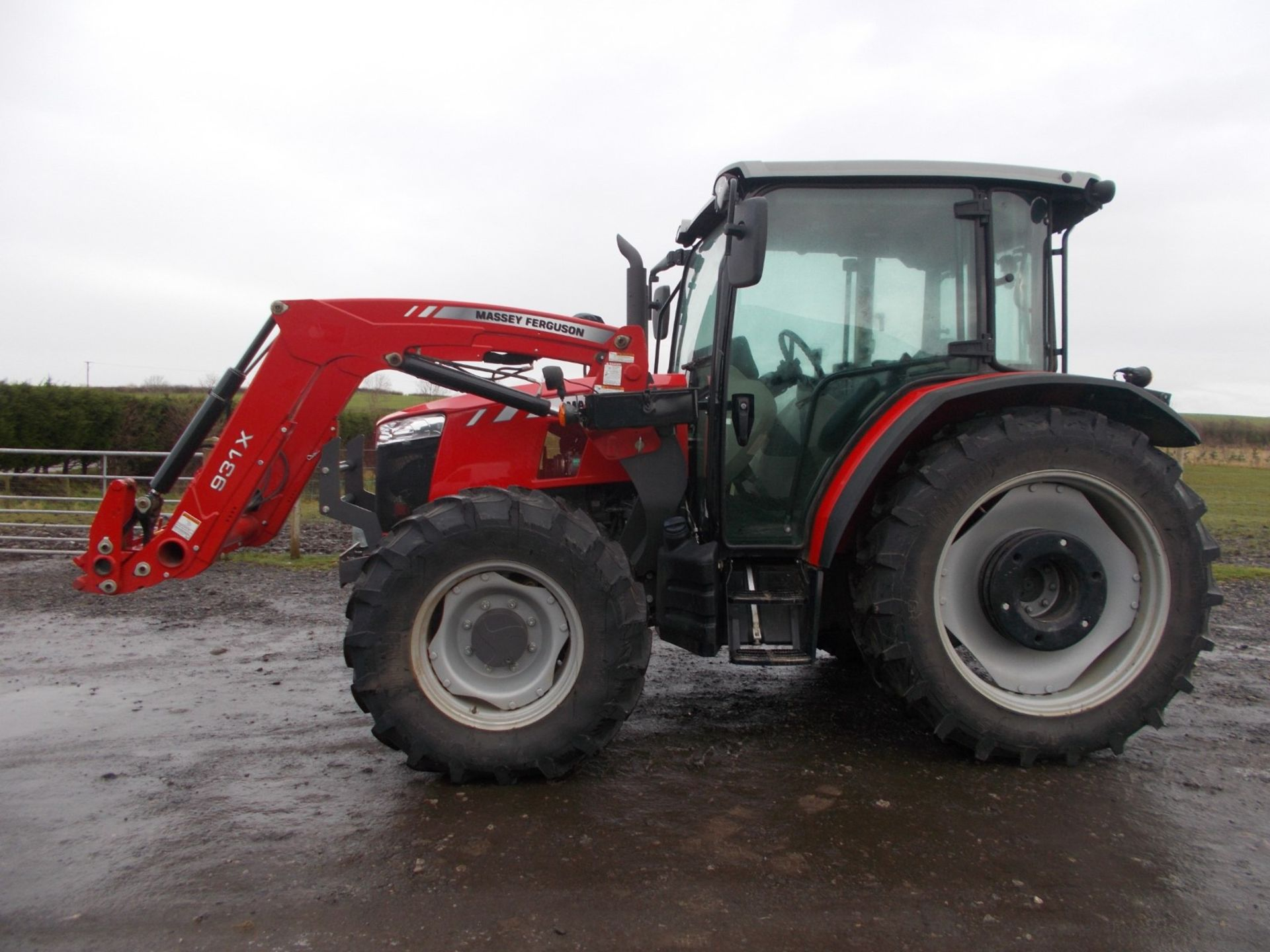 2018 MASSEY FERGUSON 4710 4WD TRACTOR WITH LOADER, AGCO 3.3 LITRE 3CYL TURBO DIESEL *PLUS VAT* - Image 4 of 21