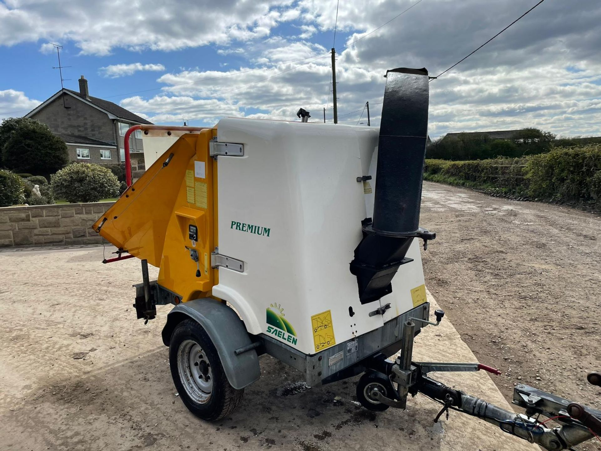 2007 SAELEN PREMIUM WOOD CHIPPER, RUNS AND CHIPS, IN GOOD CONDITION, LOW 160 HOURS *PLUS VAT* - Image 4 of 7