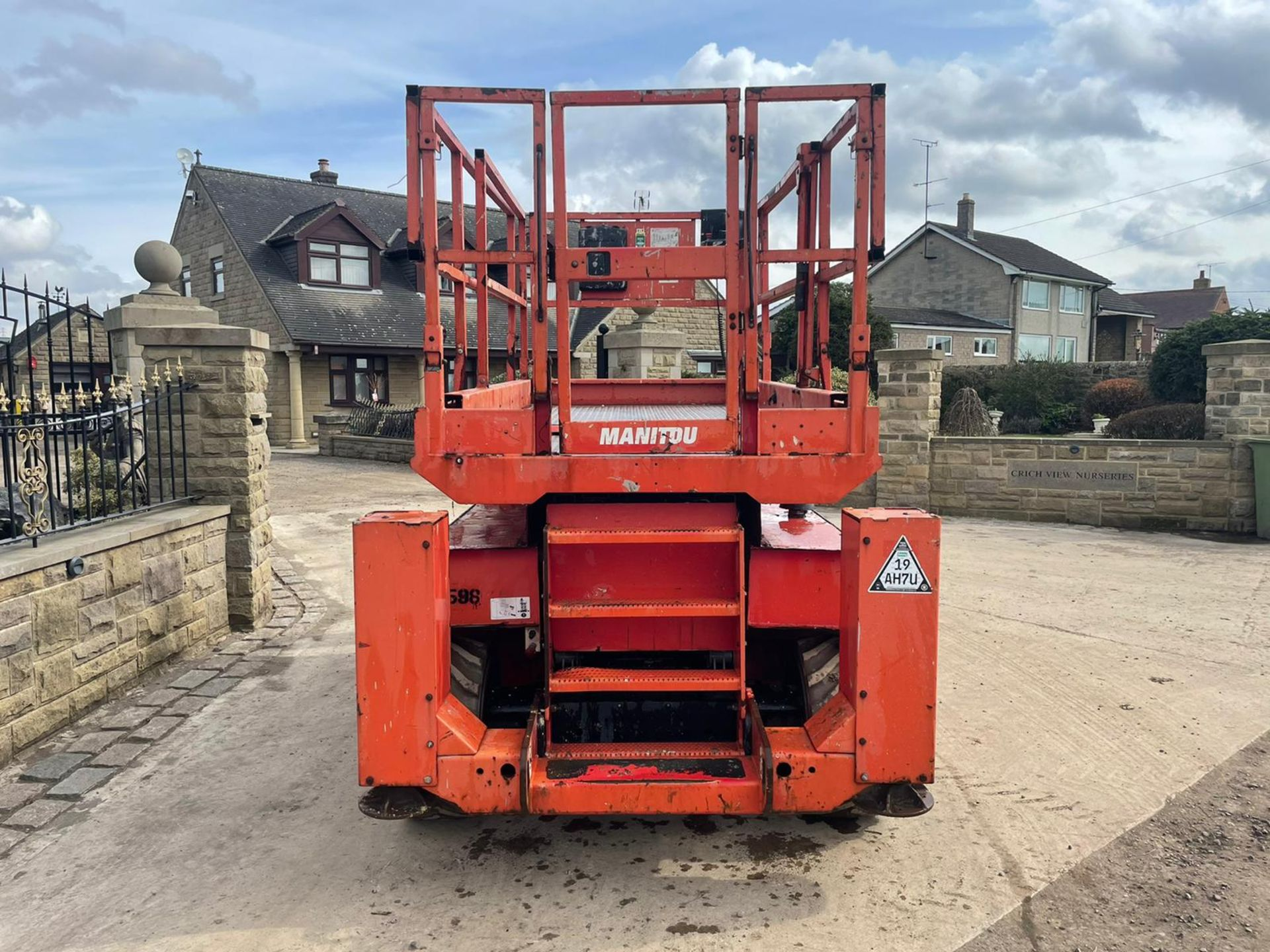2013 MANITOU MANI-ACCESS 120SC SCISSOR LIFT, RUNS, DRIVES AND LIFTS *PLUS VAT* - Image 12 of 12