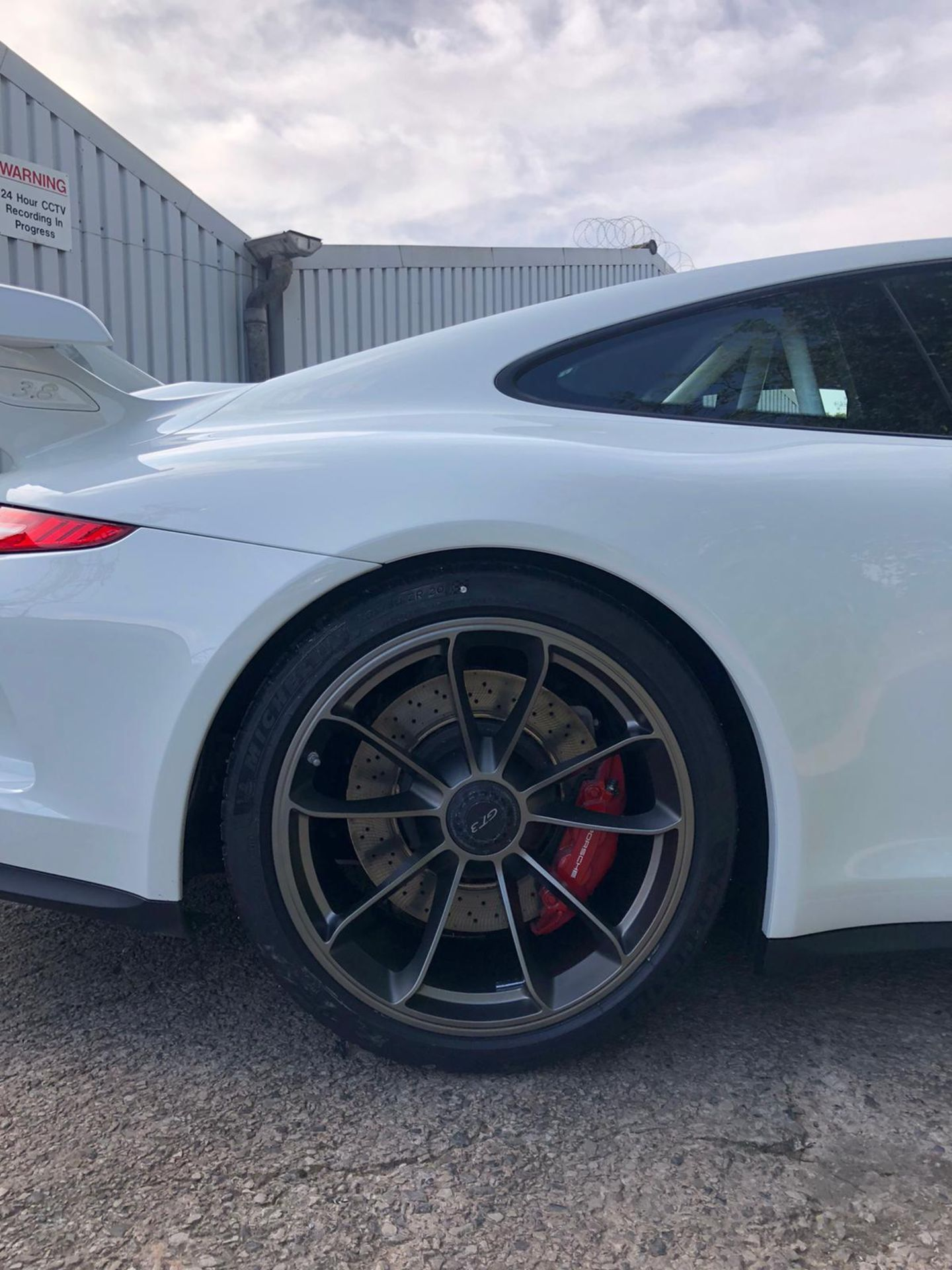 2014 PORSCHE GT3, CLUB SPORT ROLL CAGE, RACE SEATS CARBON KIT, 29,000 MILES, FULL PORSCHE HISTORY - Image 9 of 29