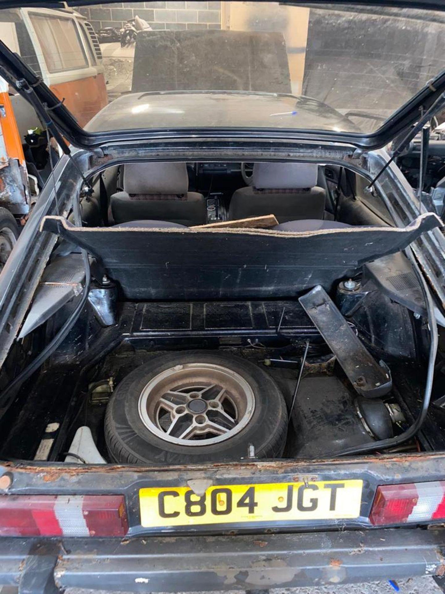 1986/C REG FORD CAPRI LASER AUTO 2.0 PETROL BLACK 3 DOOR *NO VAT* - Image 5 of 32