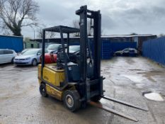 1997 YALE 2 TON FORKLIFT, 3600 HOURS, 1 OWNER FROM NEW, NEW IGNITION SWITCH AND BATTERY *PLUS VAT*