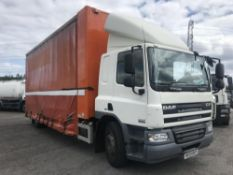 2009/09 REG DAF TRUCKS CF 65.220 18 TON CURTAIN SIDE TRUCK GLASS RACKS EURO 5 MANUAL GEARBOX AIR CON
