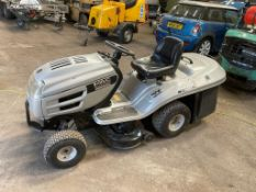 MAC ALLISTER P/X RIDE ON MOWER JE150/92A, STARTS DRIVES AND CUTS *NO VAT*