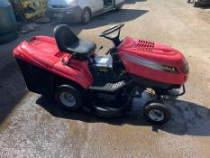 CASTELGARDEN P/X RIDE ON MOWER 13/102 TWIN CUT, STARTS DRIVES AND CUTS *NO VAT*