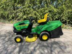 JOHN DEERE LR135 RIDE ON MOWER, HYDROSTATIC, RUNS DRIVES AND CUTS *NO VAT*