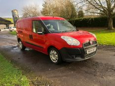 2014/14 REG FIAT DOBLO 16V MULTIJET 1.25 DIESEL RED PANEL VAN, SHOWING 0 FORMER KEEPERS *PLUS VAT*