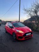 2016/16 REG FORD FIESTA BASE TDCI 1.5 DIESEL RED CAR / VAN, SHOWING 0 FORMER KEEPERS *NO VAT*