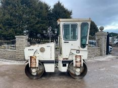INGERSOLL RAND DD25 TWIN DRUM ROLLER, RUNS DRIVES AND VIBRATES, CABBED *PLUS VAT*