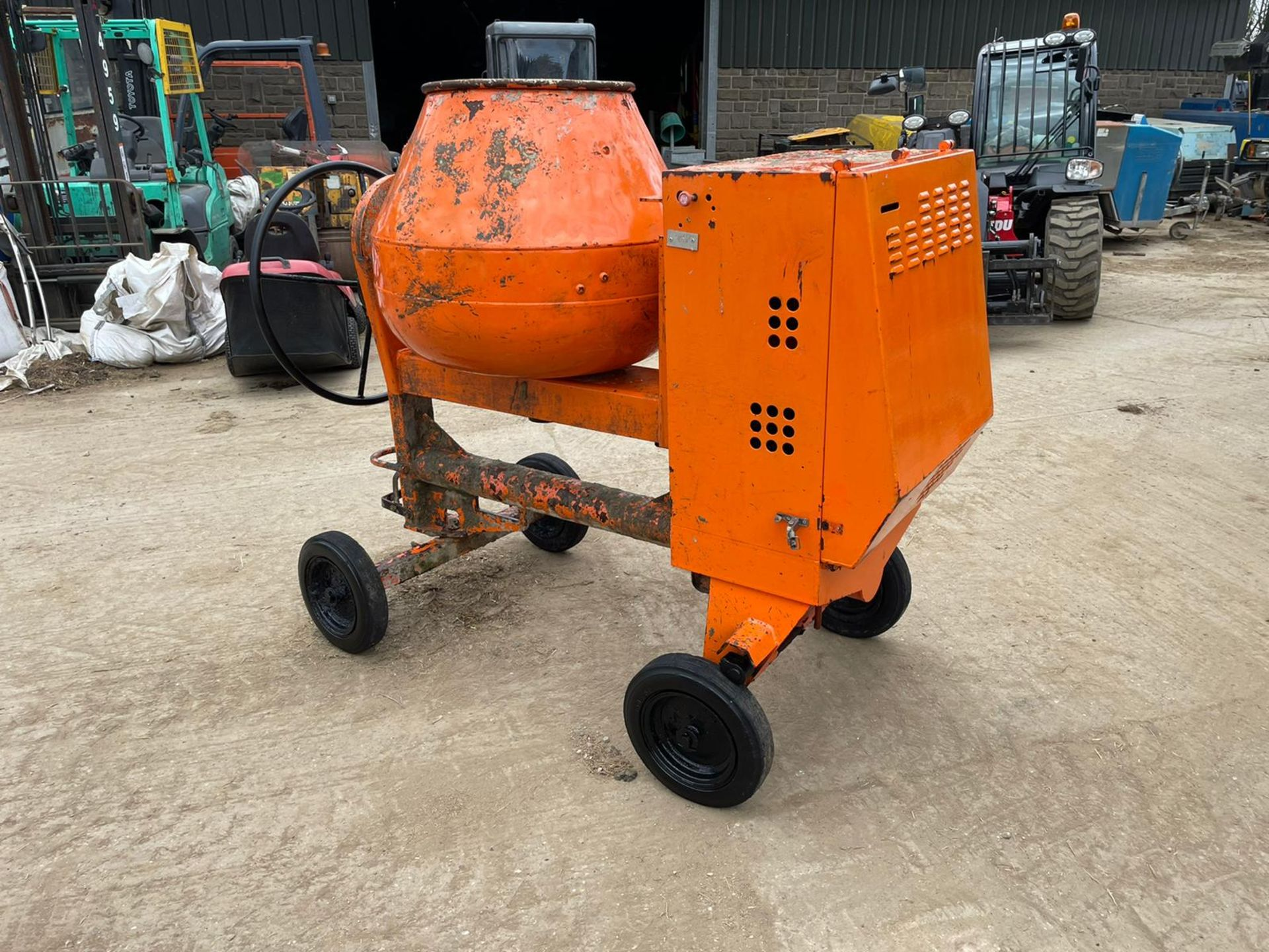 BELLE PREMIER 100XT CONCRETE MIXER, YANMAR DIESEL ENGINE, GOOD COMPRESSION *NO VAT* - Image 3 of 5