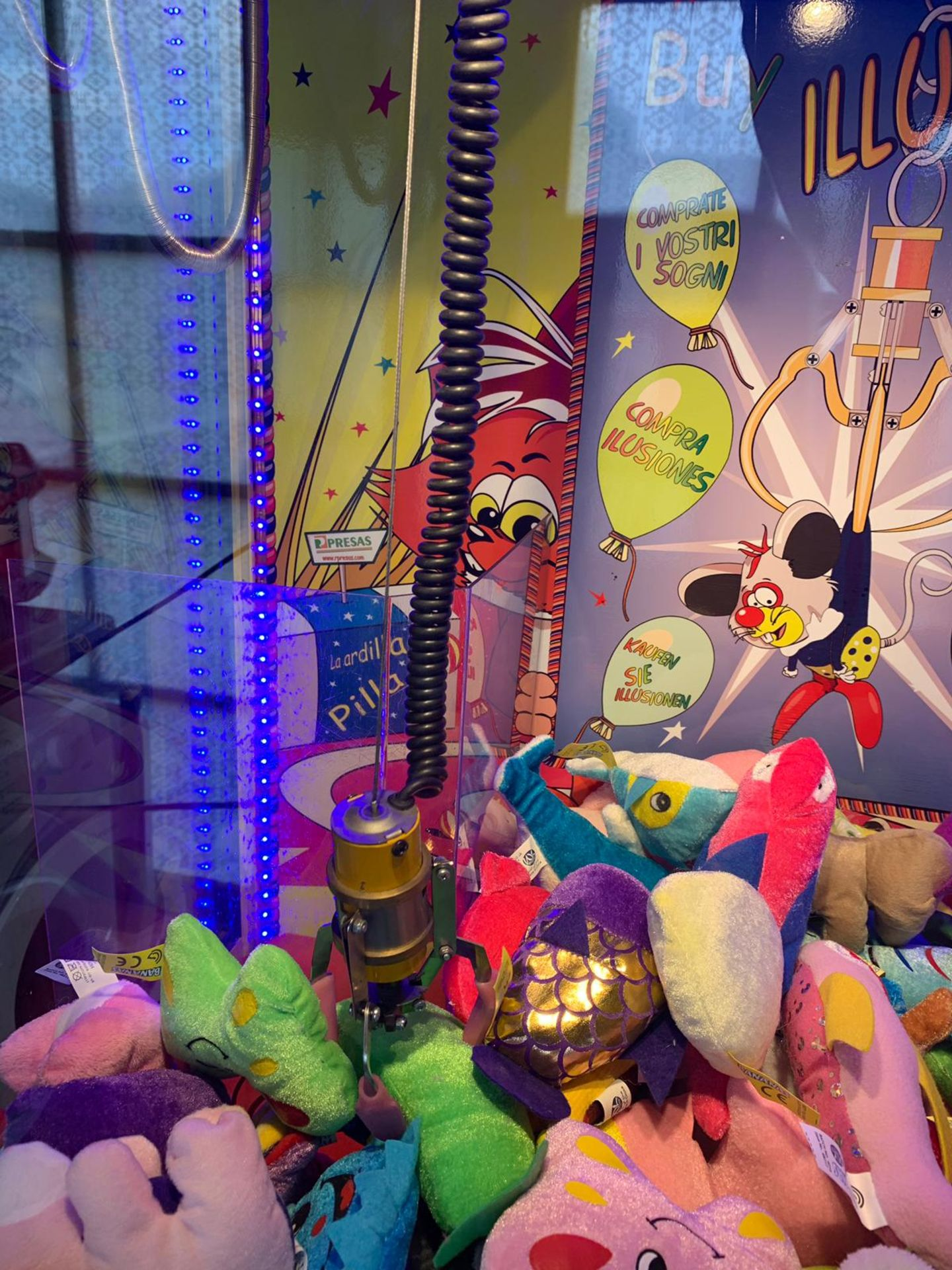 Buy Illusion Arcade Claw Machine, In Working Order *Plus Vat* - Image 4 of 6