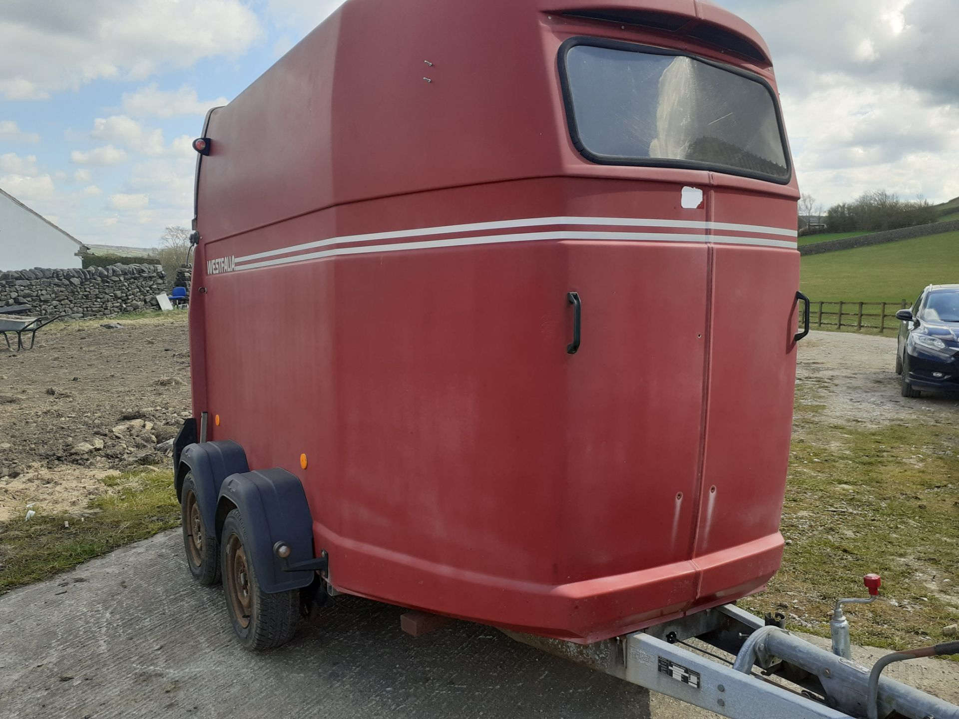 VERY RARE WESTFALIA HORSEBOX TRAILER, MADE IN GERMANY, TOWS AS IT SHOULD *NO VAT* - Image 3 of 4