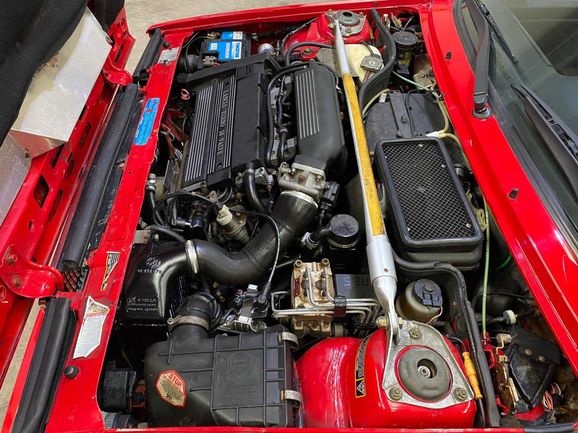 1992 LANCIA DELTA EVO 1 HF INTEGRALE, 51,000 MILES, FULL HISTORY, PETROL ENGINE *PLUS VAT* - Image 12 of 28