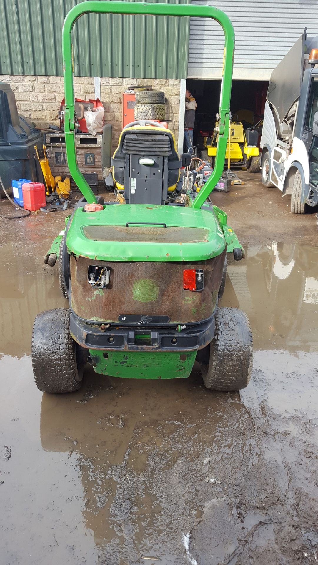 2006 JOHN DEERE 1545 RIDE ON LAWN MOWER, EX GATESHEAD COUNCIL *PLUS VAT* - Image 3 of 8