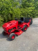 WESTWOOD 1012 RIDE ON LAWN MOWER, RUNS DRIVES AND CUTS, GOOD BODYWORK, STARTS ON KEY *NO VAT*