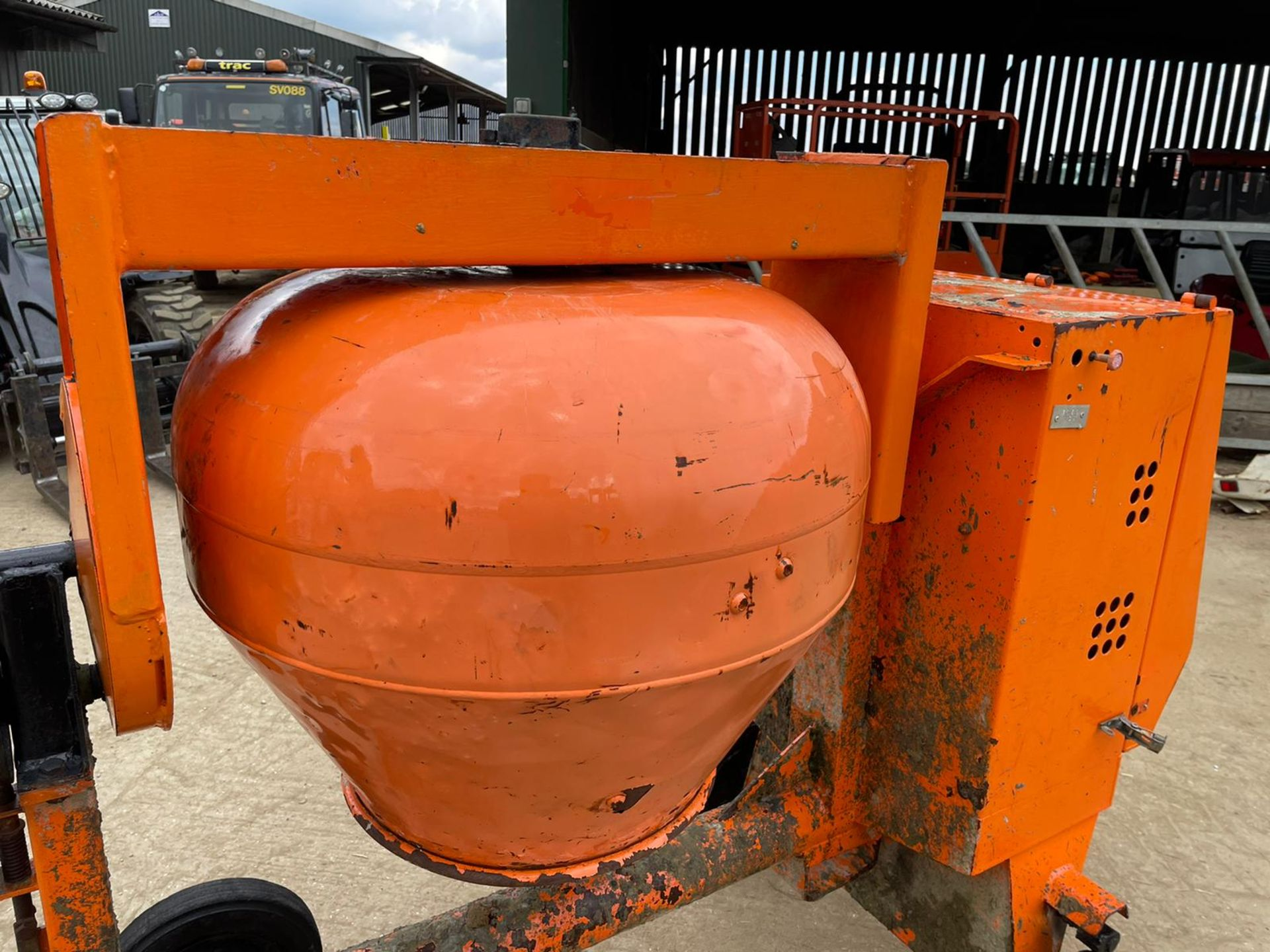 BELLE PREMIER 100XT CONCRETE MIXER, YANMAR DIESEL ENGINE, GOOD COMPRESSION *NO VAT* - Image 4 of 5
