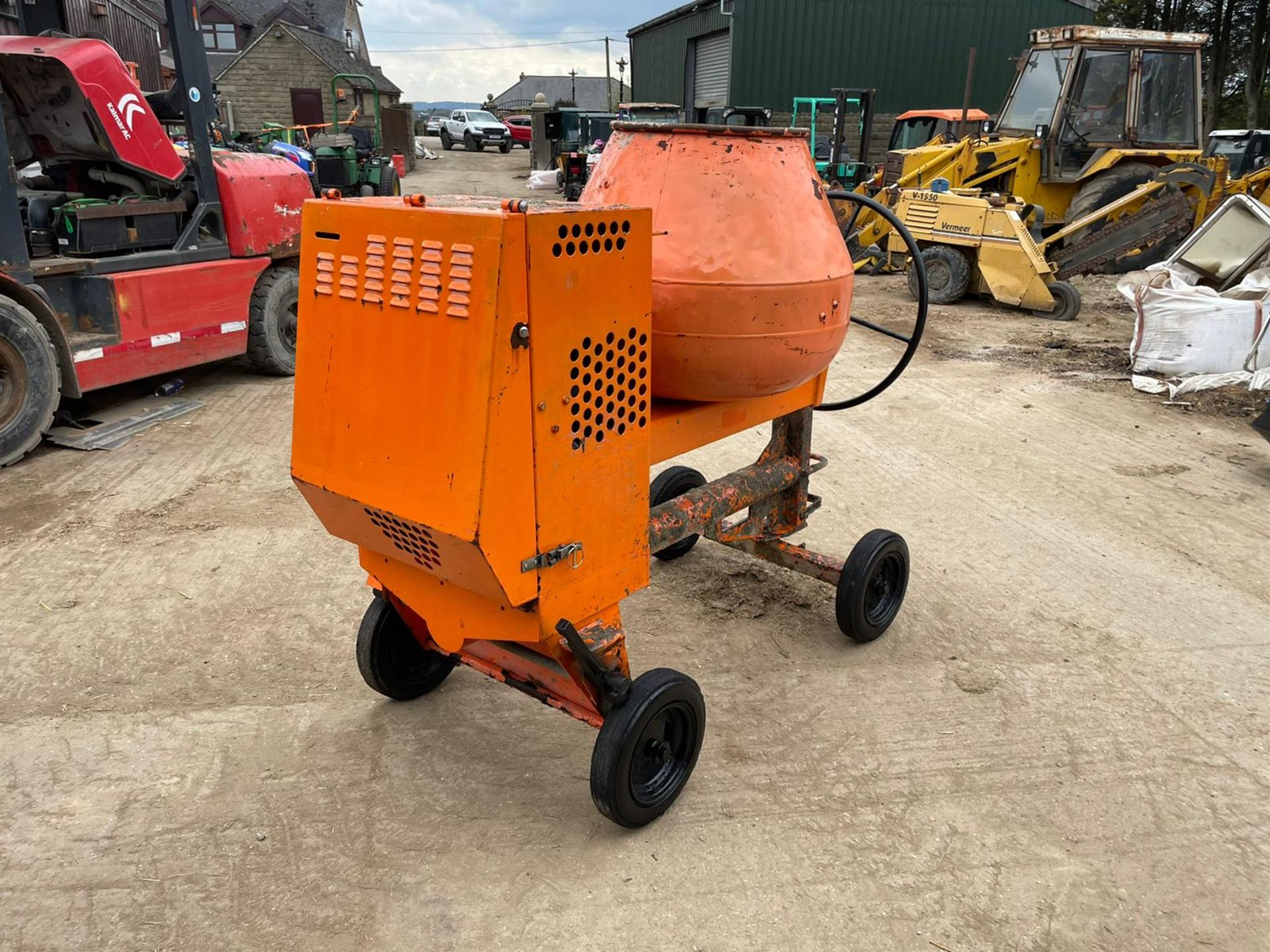 BELLE PREMIER 100XT CONCRETE MIXER, YANMAR DIESEL ENGINE, GOOD COMPRESSION *NO VAT* - Image 2 of 5