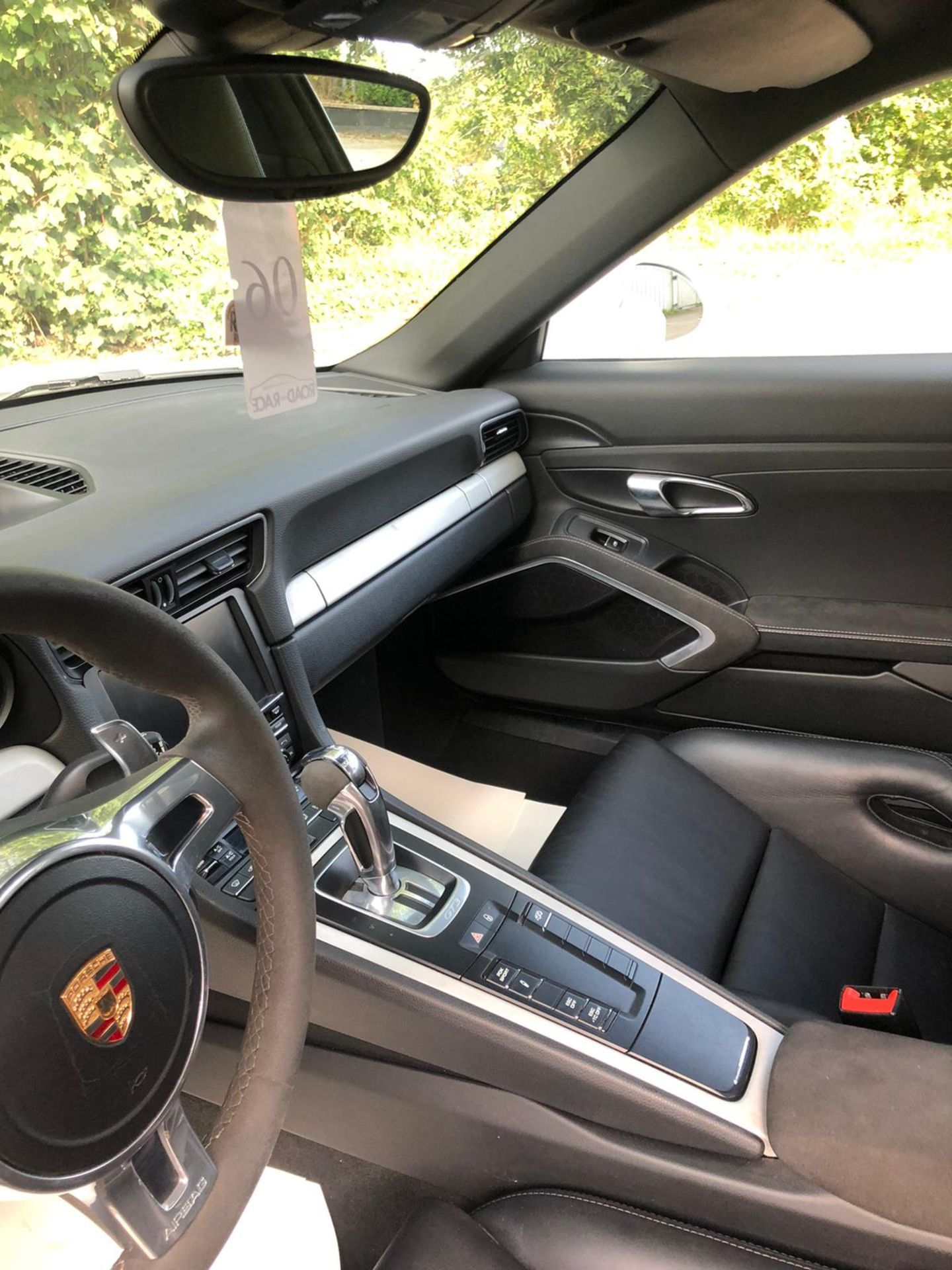 2014 PORSCHE GT3, CLUB SPORT ROLL CAGE, RACE SEATS CARBON KIT, 29,000 MILES, FULL PORSCHE HISTORY - Image 16 of 29