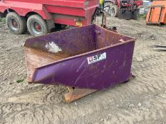TIPPING SKIP, MADE 2018, SUITABLE FOR PALLET FORKS, RATED CAPACITY 2000KG *PLUS VAT*