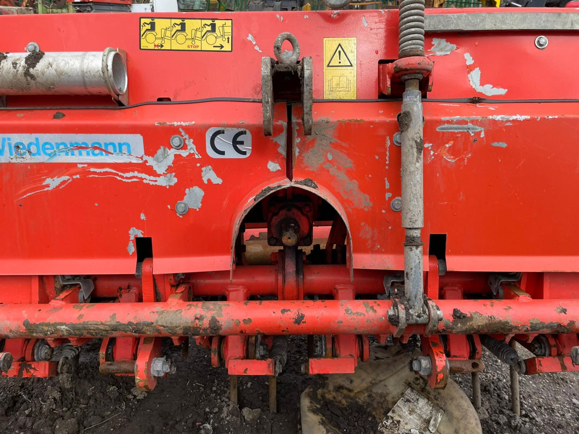 Weidenmann Terra Spike G6/135 Aerator, Suitable For 3 Point Linkage, PTO driven,all teeth are there - Image 4 of 4
