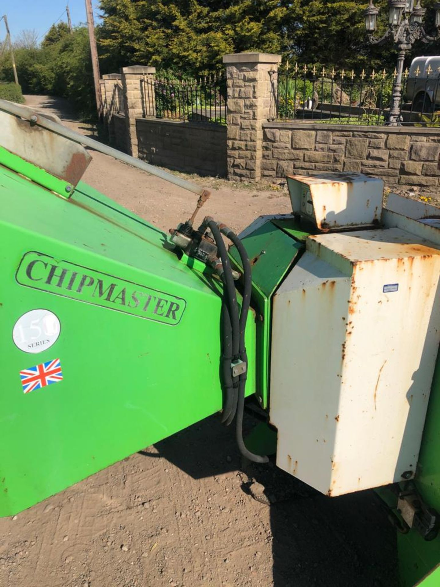 GREENMECH WOOD CHIPPER, 3 POINT LINKAGE, WORKS AND CUTS *PLUS VAT* - Image 3 of 8