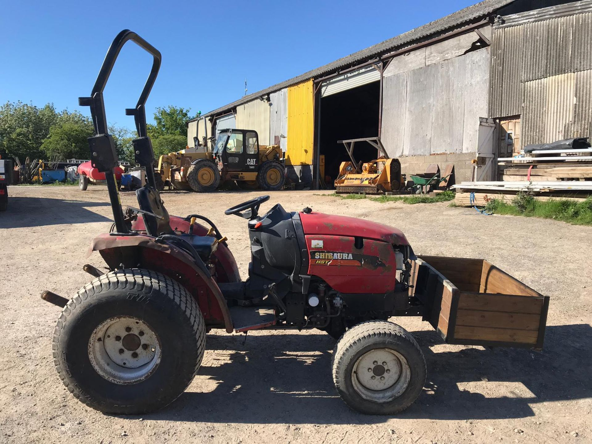 SHIRBAURA ST333 4WD COMPACT HST TRACTOR C/W ROLL BAR *PLUS VAT* - Image 5 of 8
