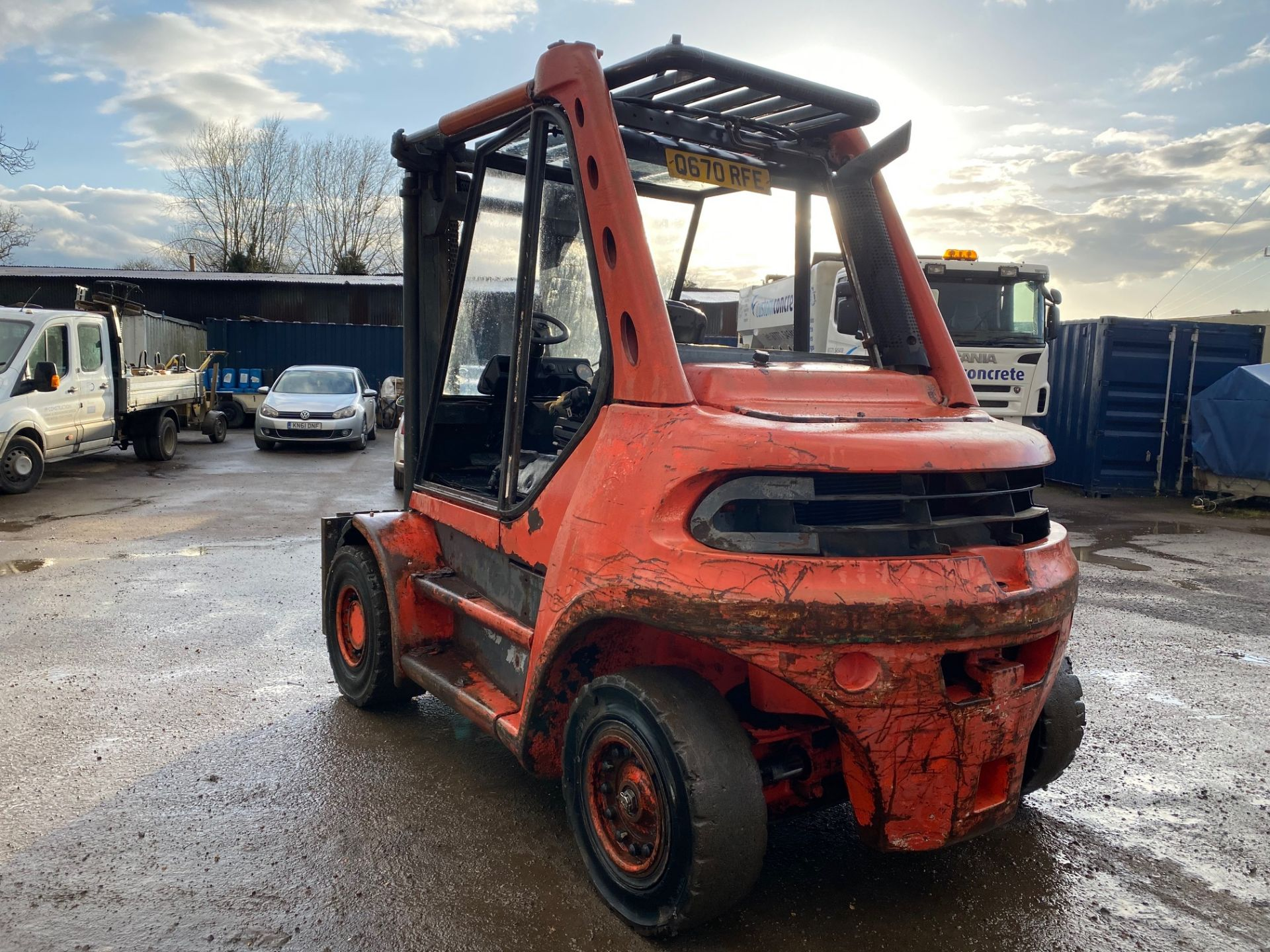 1998 Linde H60D forklift, 8200 hours, Deutz 6 cylinder engine Forks will be included with the truck - Image 2 of 5