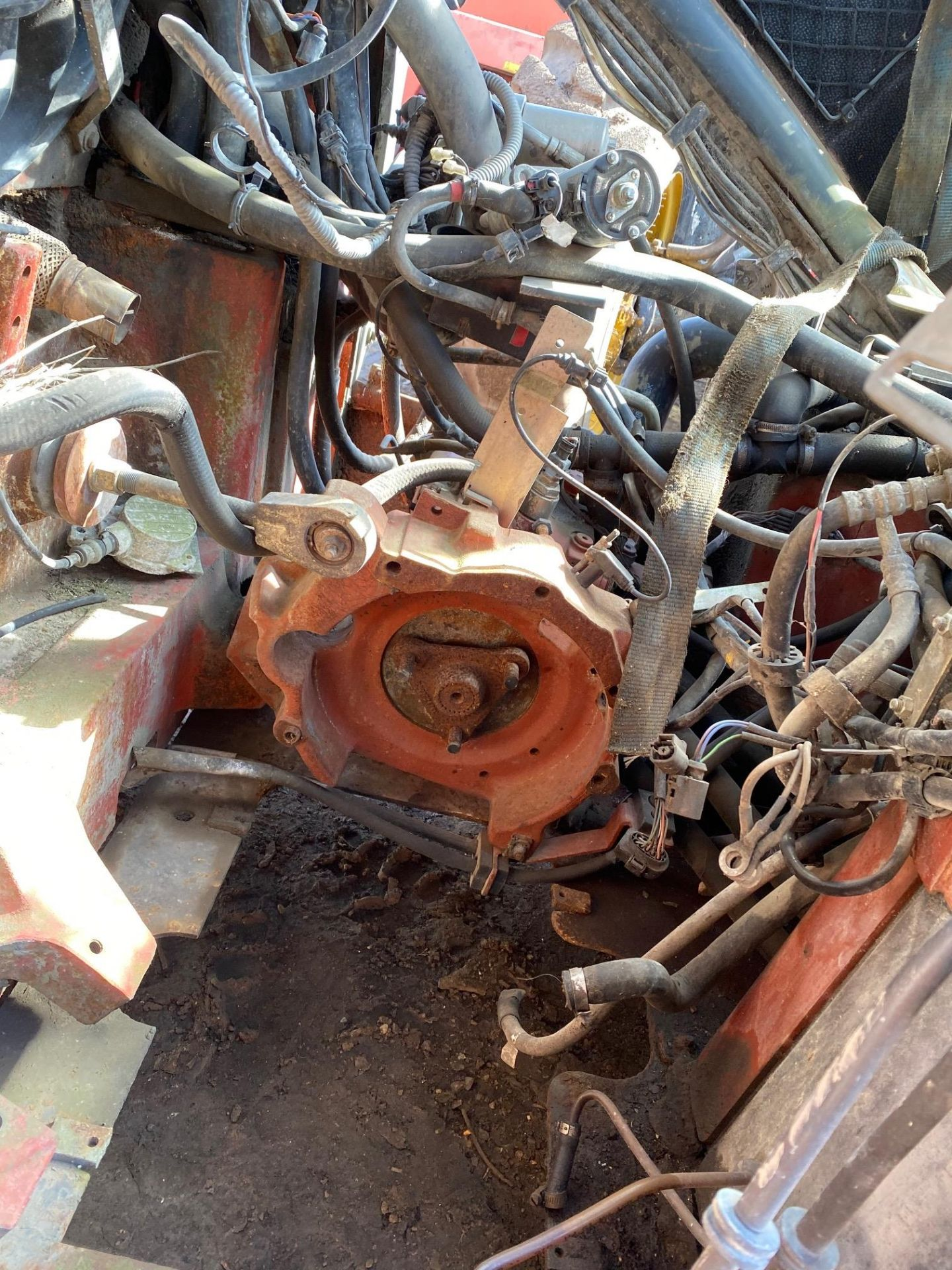 2005 Linde H50D-03, spares or repair Engine missing and anything else you see in the pictures. - Image 3 of 4