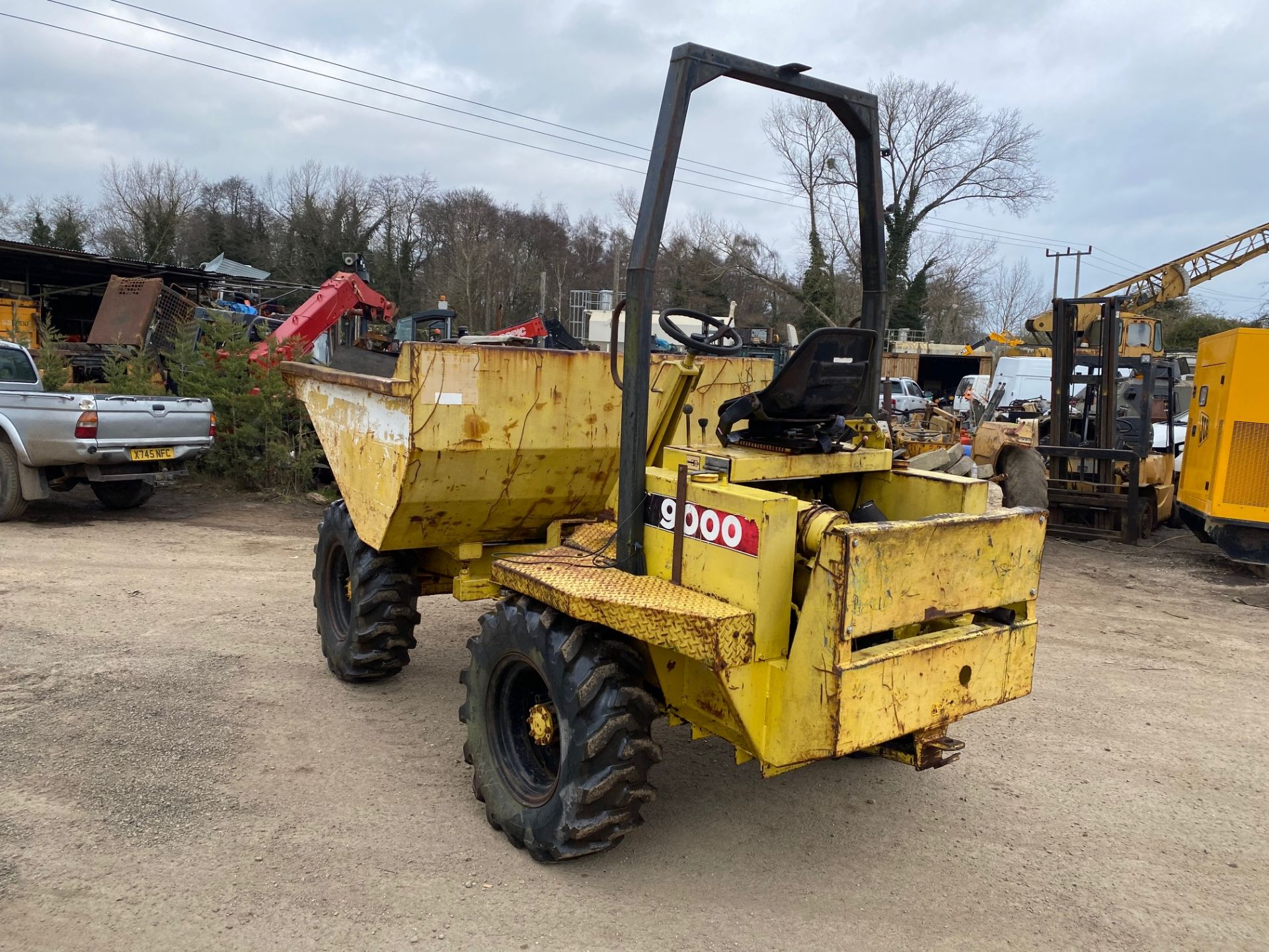 Thwaites 4 ton dumper, 4x4, electric start, Roll bar, 3 cylinder Lister Petter engine - Image 3 of 5