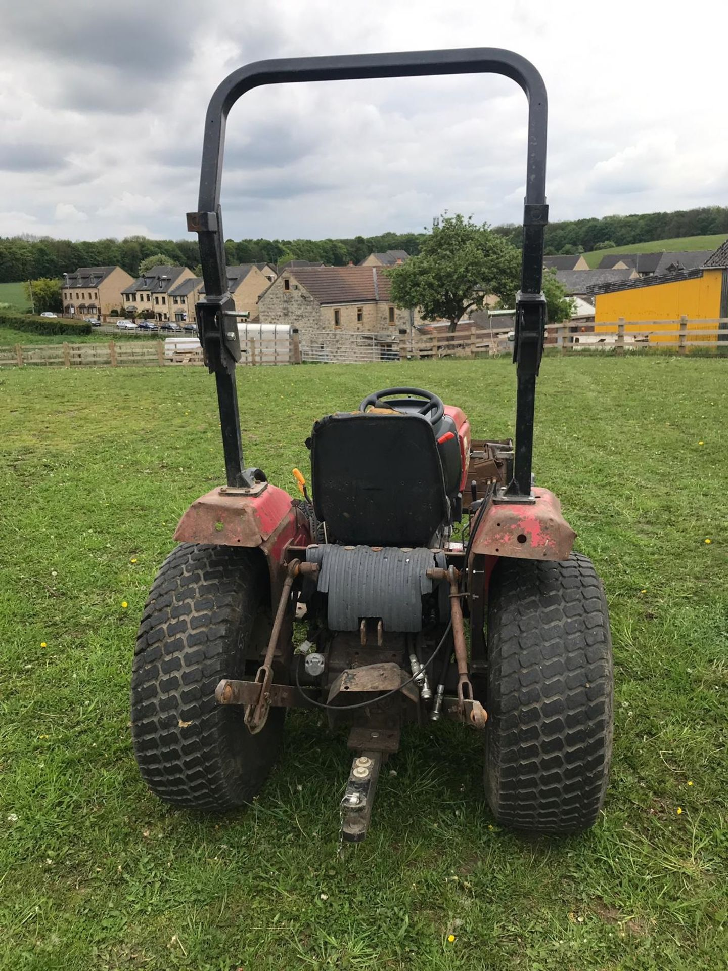 SHIRBAURA ST333 4WD COMPACT HST TRACTOR C/W ROLL BAR *PLUS VAT* - Image 8 of 8