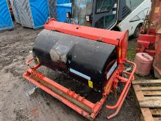 Weidenmann Terra Spike G6/135 Aerator, Suitable For 3 Point Linkage, PTO driven,all teeth are there