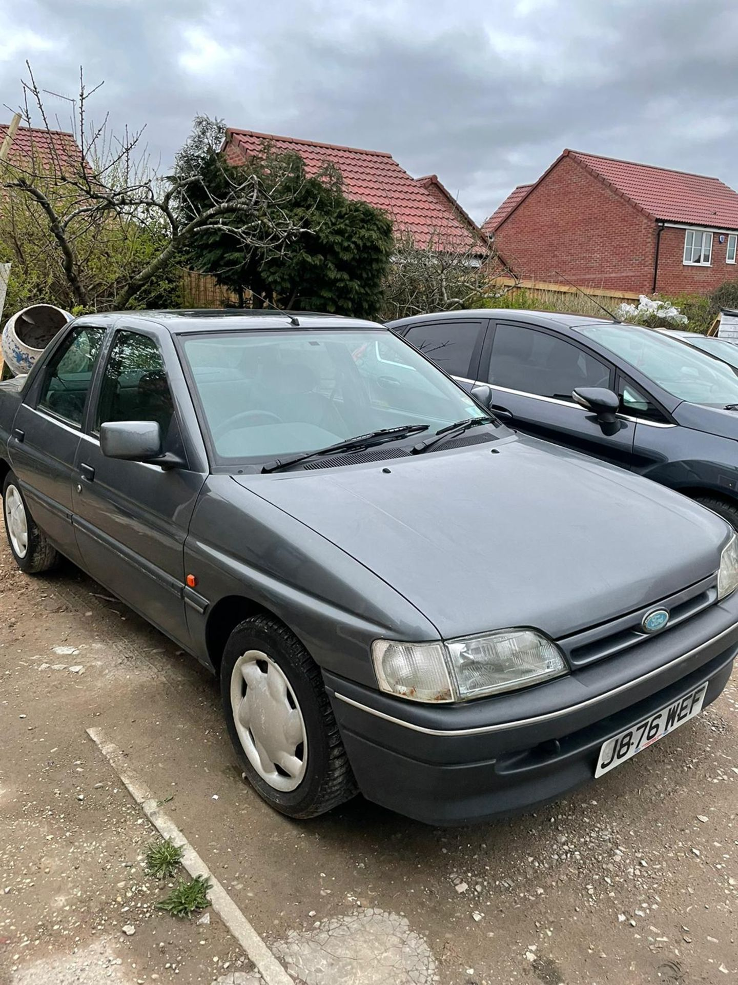 1992 FORD ORION LX AUTO, GREY, PETROL, AUTO VARIABLE 1 GEARS, 4 PREVIOUS KEEPERS, NO VAT - Image 2 of 8
