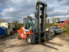 2002 KALMAR DCD100-6 10 TON FORKLIFT, STARTS, DRIVES AND RUNS AS IT SHOULD, THE DOOR IS MISSING