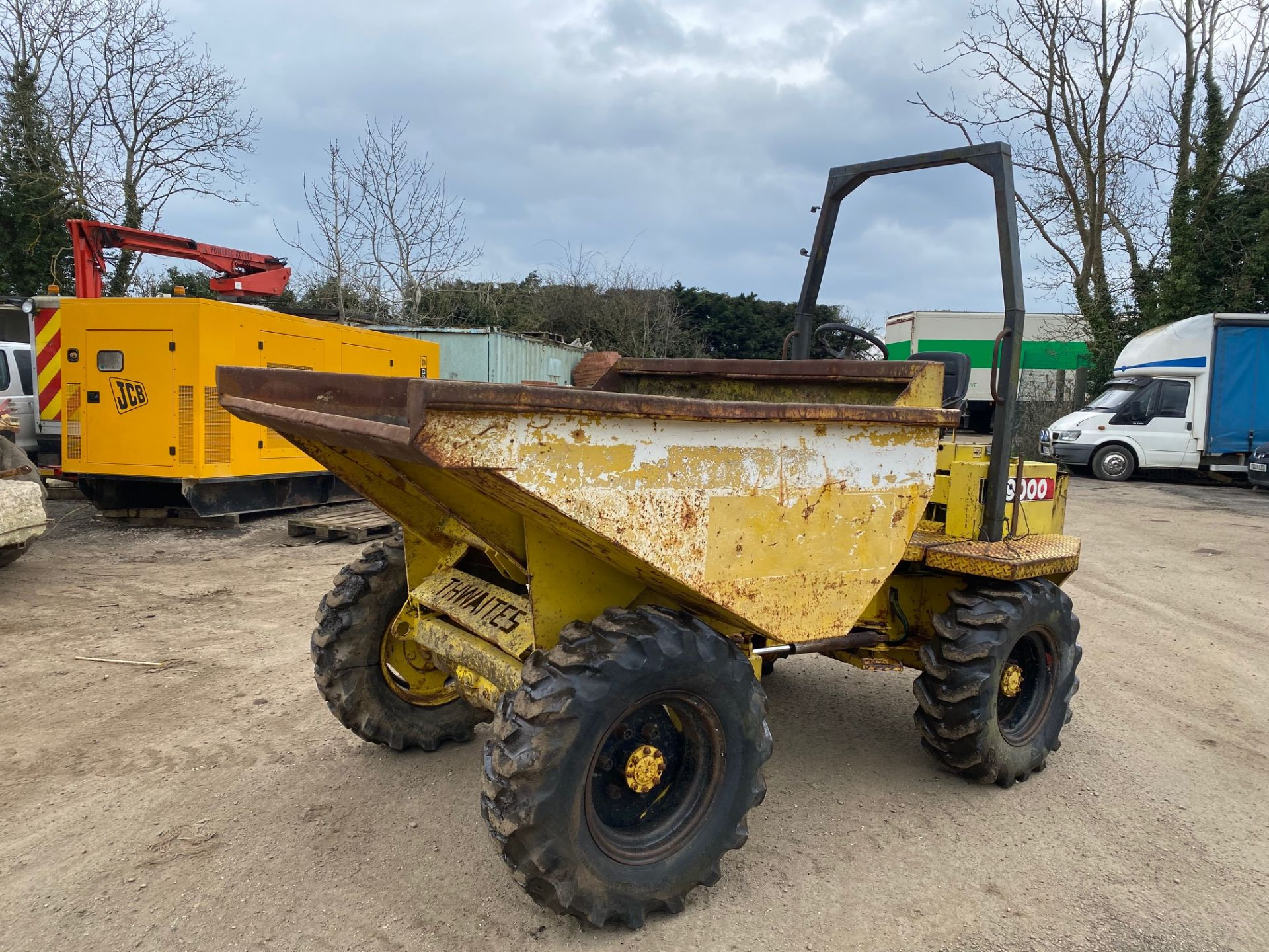 Thwaites 4 ton dumper, 4x4, electric start, Roll bar, 3 cylinder Lister Petter engine - Image 4 of 5