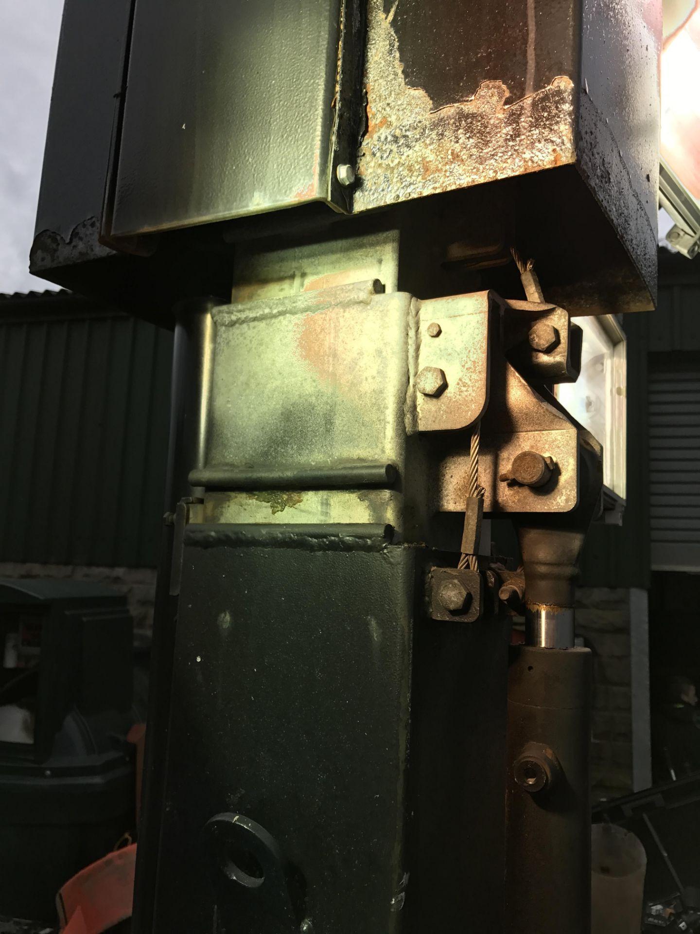 DS - VT1 LIGHTING TOWER / GENERATOR - DIESEL ENGINE DRIVEN *PLUS VAT*  SUPER LIGHT VT 1 STARTS - Image 2 of 6