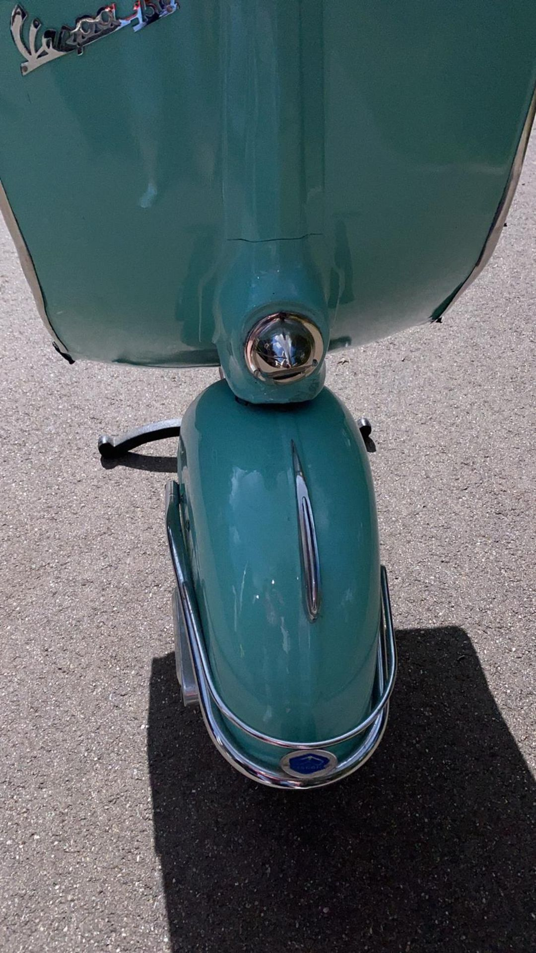 PIAGGIO VESPA 150 FRONT LIGHT ON A 3 PIN PLUG THROUGH THE HEADLIGHT *NO VAT* - Image 6 of 8