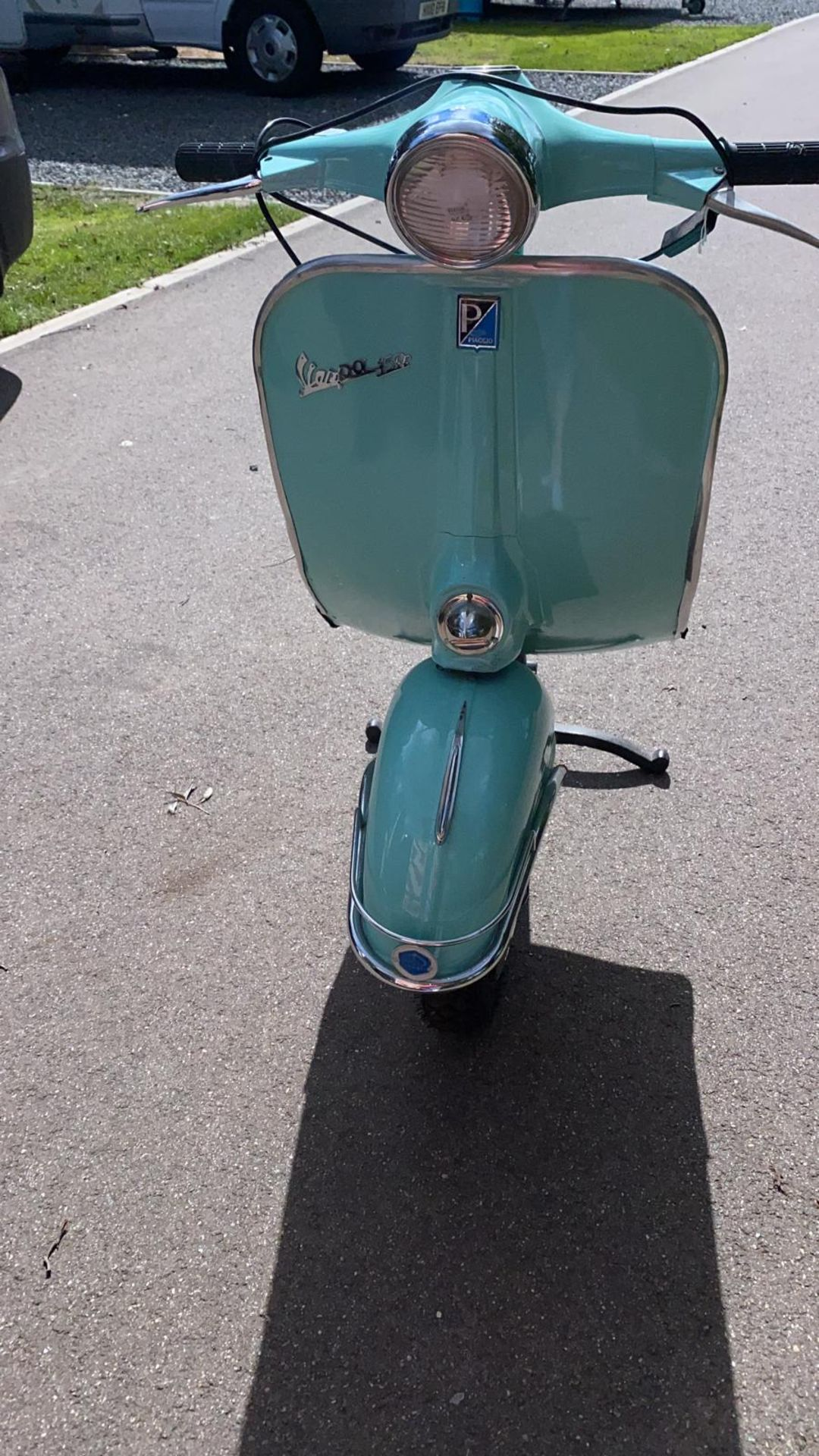 PIAGGIO VESPA 150 FRONT LIGHT ON A 3 PIN PLUG THROUGH THE HEADLIGHT *NO VAT* - Image 8 of 8