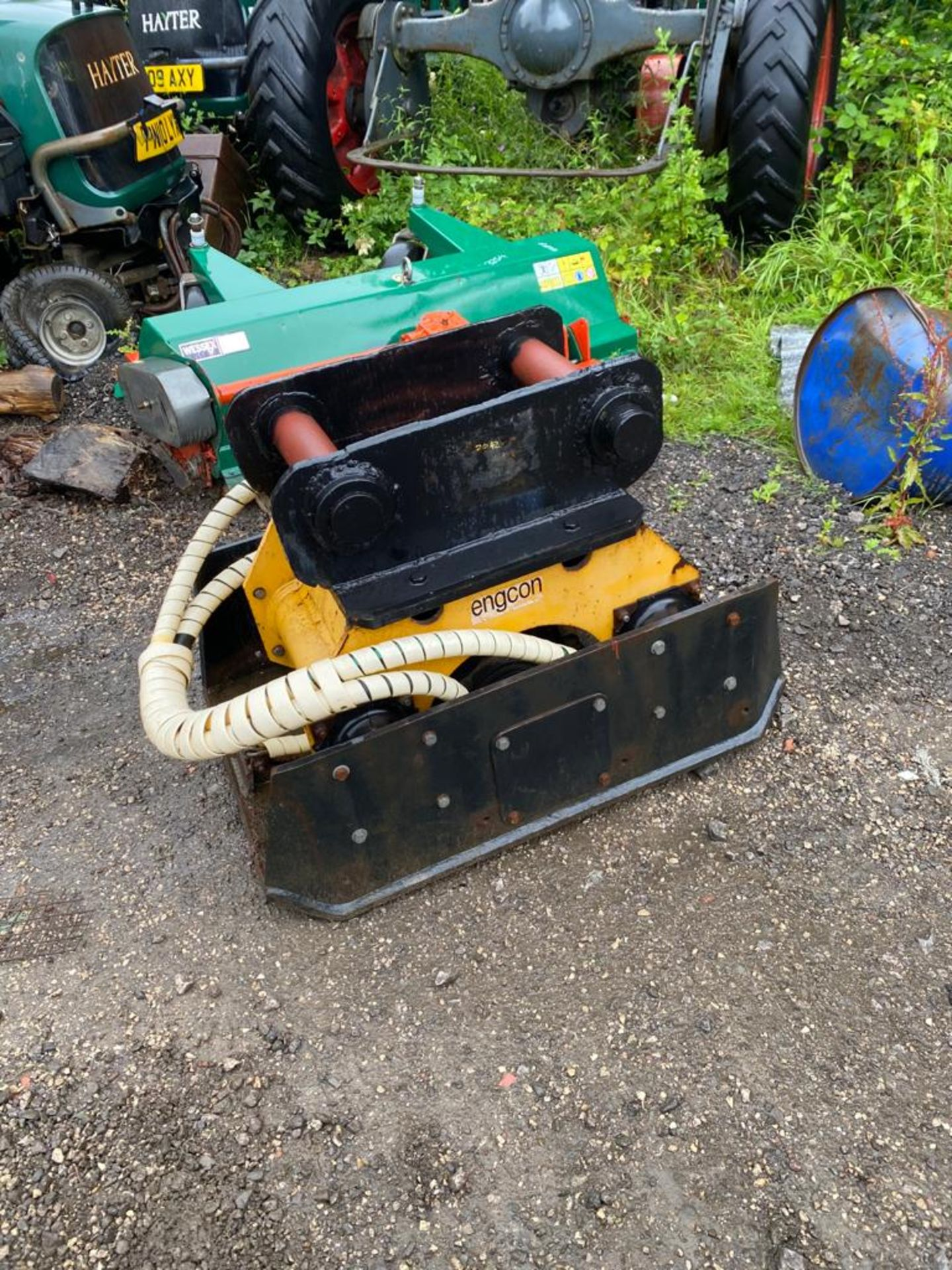 ENGCON M6178 COMPACT PLATE, WACKER PLATE, 80MM PINS, IN WORKING CONDITION *PLUS VAT* - Image 2 of 5